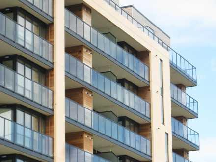 Balconies & Screens